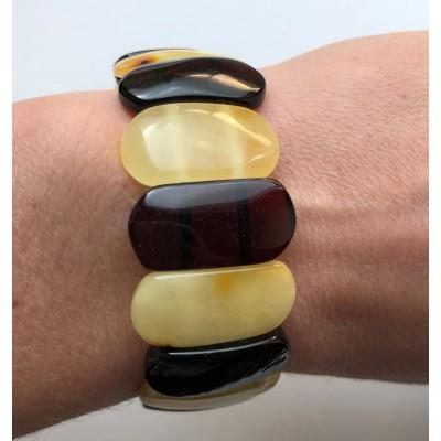 Classic amber bracelet