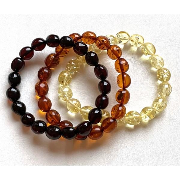 Lot of 3 olive shape amber bracelets -