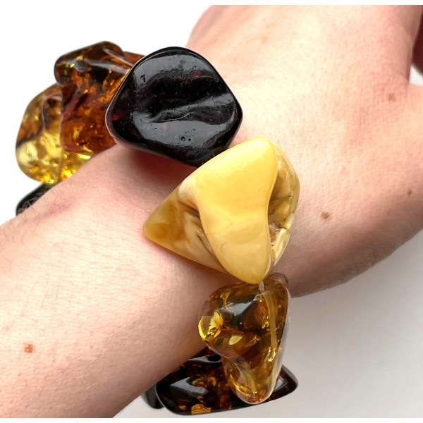 BALTIC AMBER NATURAL SHAPE BEADS BRACELET 41g -