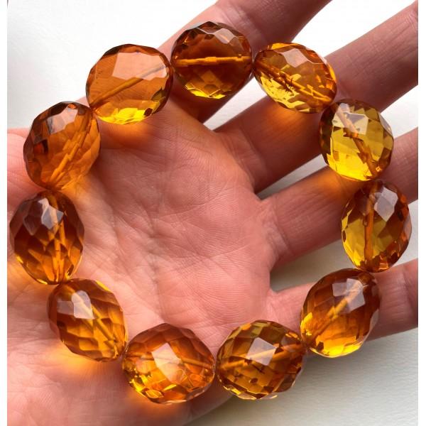 Big beads faceted amber bracelet 26 g -