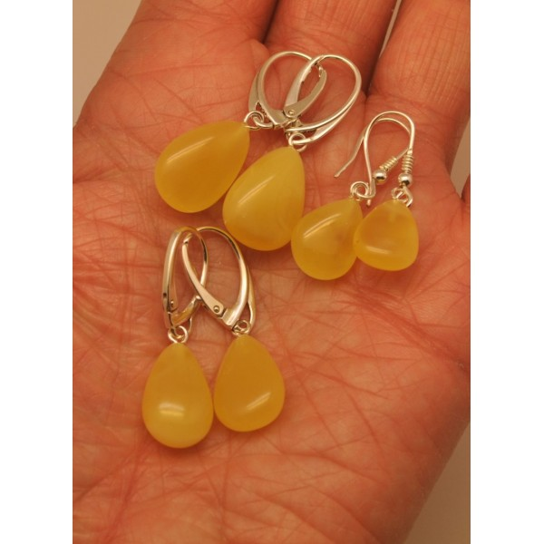 Amber earrings | Lot of 3 drop shape amber earrings