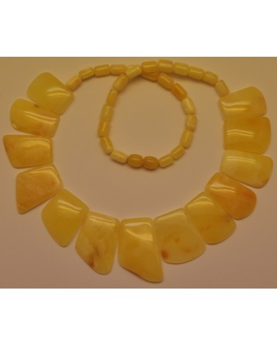 Natural yellow amber choker