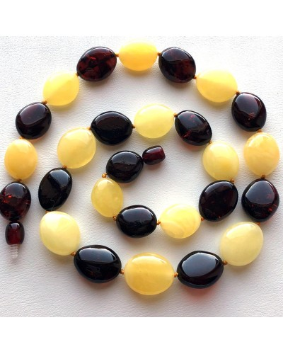Multicolor Baltic amber short necklace