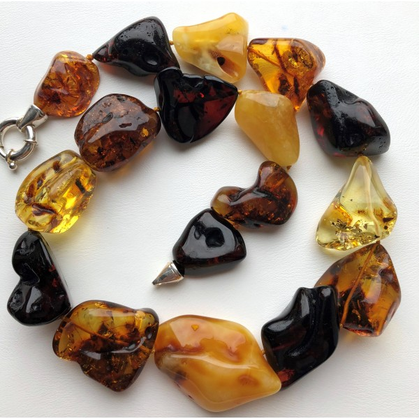Natural shapes amber necklace-AN2245