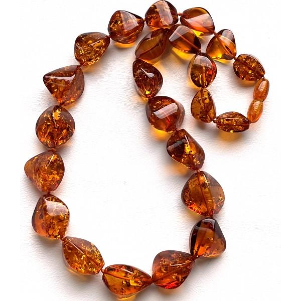 Short faceted cognac amber necklace -