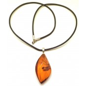 Baltic amber pendant with leather