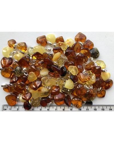 100 g Amber heart pendants