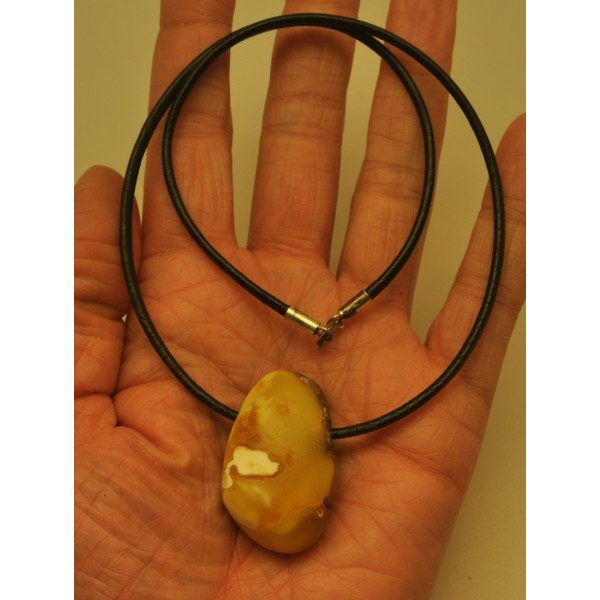 Raw Baltic amber pendant with leather-AP1385