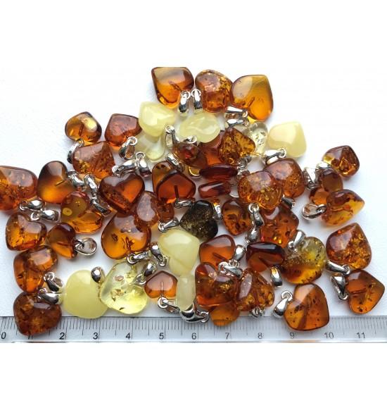 50 g Baltic amber heart shape pendants