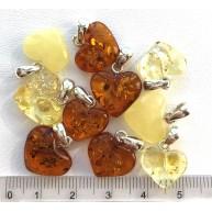 Lot of 10 Genuine BALTIC AMBER heart pendants -AP1509