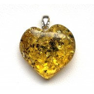 Genuine Baltic Amber Heart Pendant, Hand Made from Genuine Baltic Amber 5,5 g