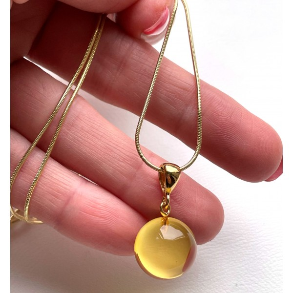 Round bead Amber pendant with chain -