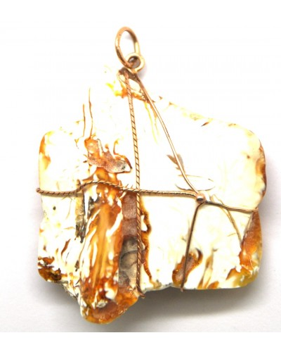 Unique  Baltic amber pendant with 14 carat gold