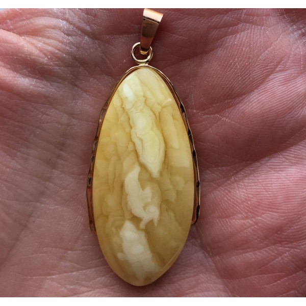 Amber pendant with 14 carat gold-AG250