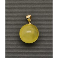 Baltic amber round gold pendant 18,5 mm