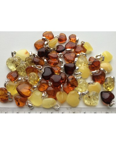 Lot of 50 pcs amber heart shape pendants