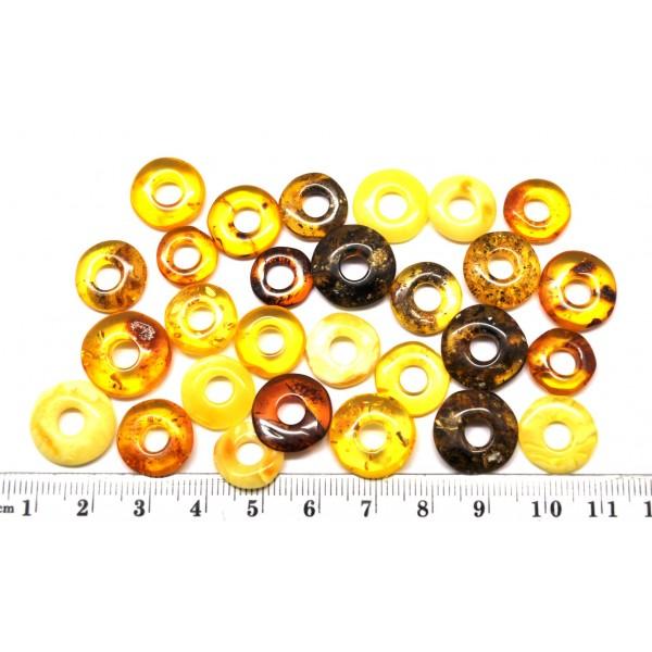 Amber pendants | Lot of 28 small glittering Baltic amber amulet pendants