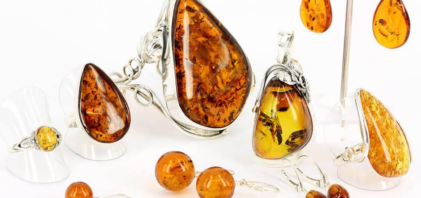 baltic amber original jewellery manufactured by nature
