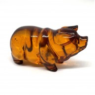 Hand carved  amber figure of pig 10 g