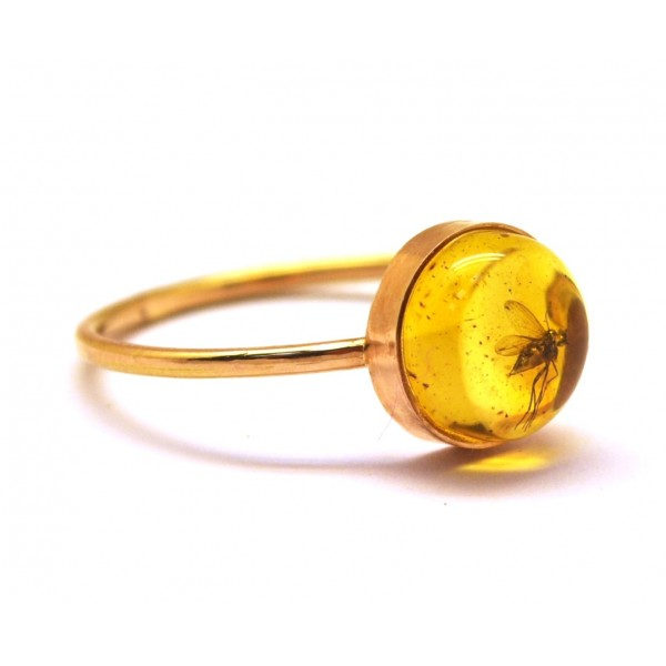 9f965bccf Baltic amber gold ring with insect from online Baltic Amber Jewelry ...