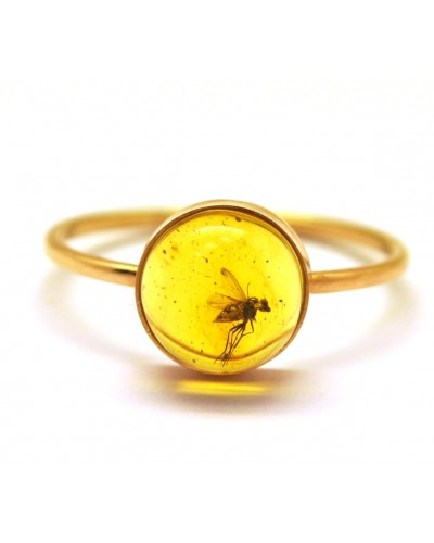Baltic amber gold ring with insect