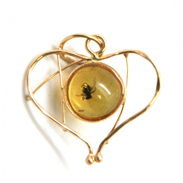 Amber with insects | Baltic amber heart shape gold pendant with insect