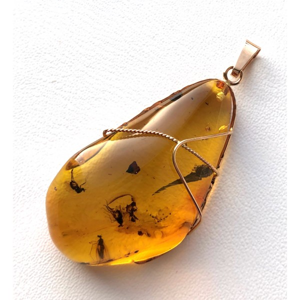 Genuine Baltic amber gold pendant 14K with fossil insect -