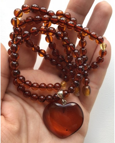 Amber necklace with heart pendant
